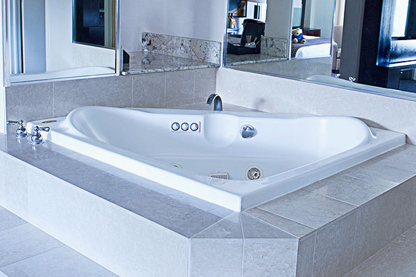 photo-of-room-tub